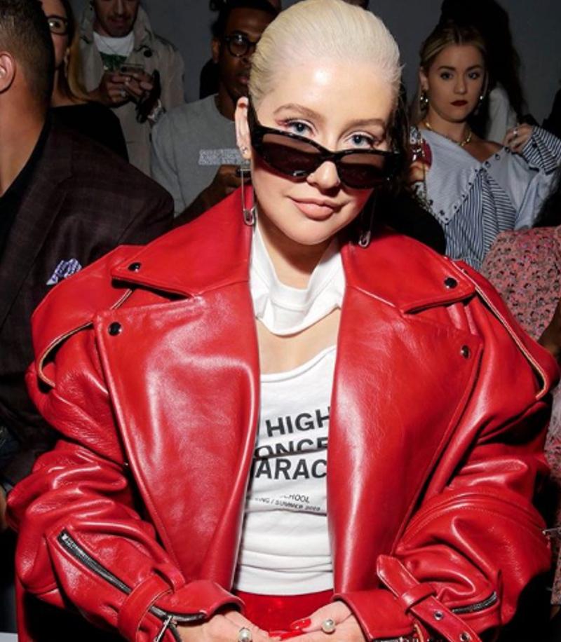 Aguilera DIAMETRALNIE zmieniła styl i twarz. Fani: po prostu OKROPNE!