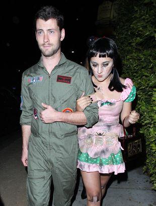 Córka Robina Williamsa bawi się na halloweenowej imprezie