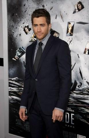 Jake Gyllenhaal randkuje z Jessicą Lowndes