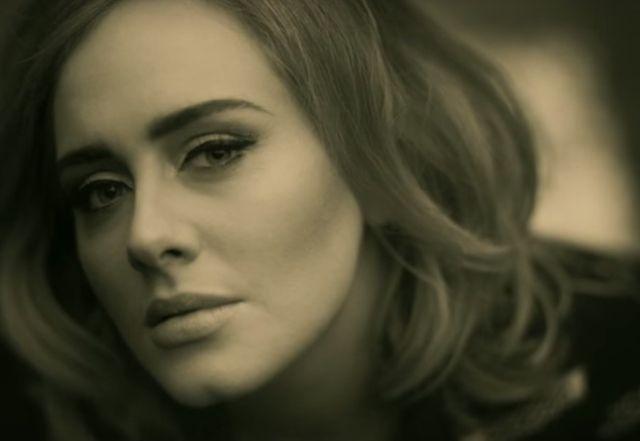 Internet śmieje się z teledysku Adele (AUDIO)