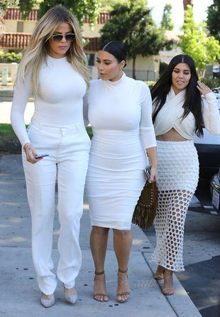 Do czego posuną się Kardashianki, by zostać na antenie?