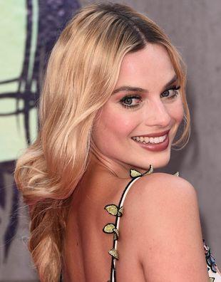 Robbie BŁAGA producentów, by pozwolili jej jeszcze raz zagrać Harley Quinn!