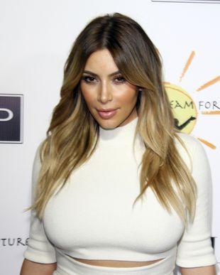 Gdyby nie liposukcja Kim Kardashian nie pokazałaby brzucha