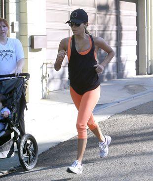 Eva Longoria musi schudnąć! (FOTO)