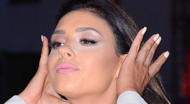 Co jest nie tak z makijażem Klaudii Halejcio? Widzicie TO?