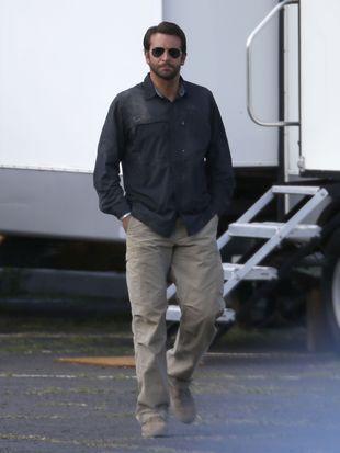 Bradley Cooper uruchamia kontakty, by wypromować dziewczynę!