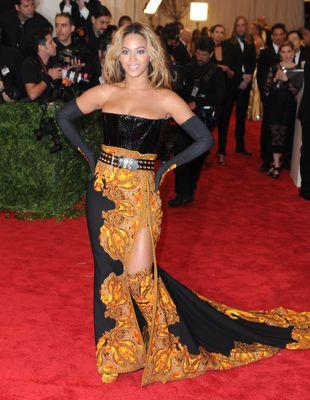 Fani protestują: Beyonce nie idź na ślub Kim Kardashian!