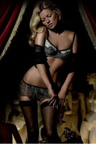 Kate Moss najseksowniejszą modelką