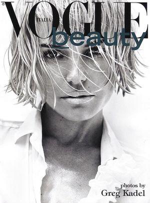 Czarno - biała Kate Bosworth dla włoskiego Vogue'a (FOTO)