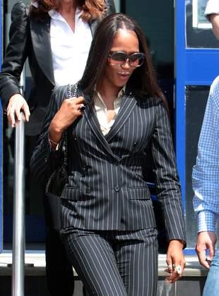 Czy Naomi Campbell łysieje ze złości?