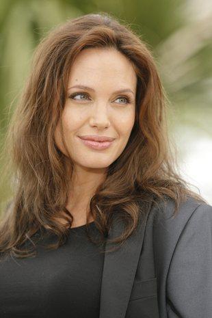 Angelina Jolie oddaje się rodzinie