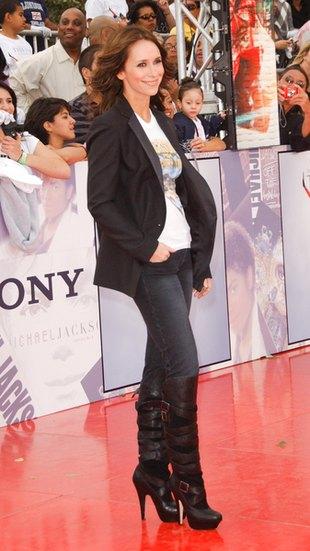 Jennifer Love Hewitt na premierze filmu o Jacksonie (FOTO)
