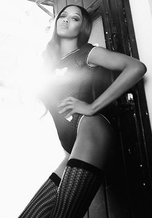 Naomi Campbell topless dla Giampaolo Sgura (FOTO)