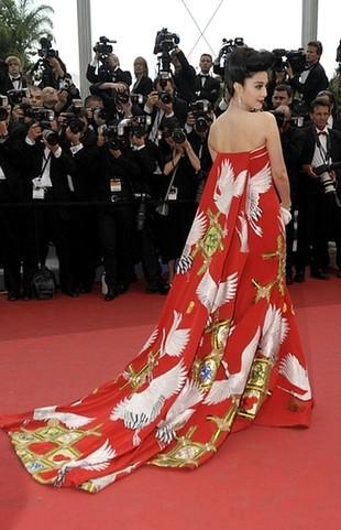 Fan Bingbing – najpiękniejsza kreacja Cannes 2011 (FOTO)