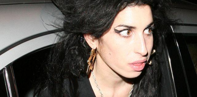Amy Winehouse wygląda coraz gorzej (FOTO)