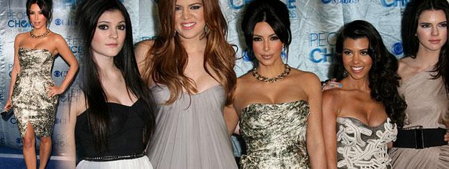Siostry Kardashian na People's Choice Awards (FOTO)
