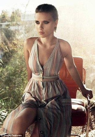 Scarlett Johansson znów odchudzona Photoshopem (FOTO)