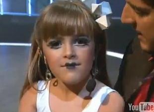 8-letnia Laura Fontana naśladuje Lady Gagę [VIDEO]