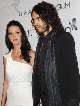 Czarno - biały duet, czyli Katy Perry i Russell Brand (FOTO)