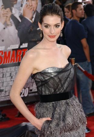 Anne Hathaway wygląda olśniewająco