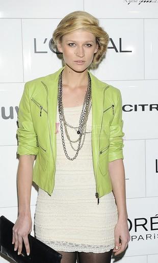 Aleksandra Kuligowska z Top Model na salonach (FOTO)