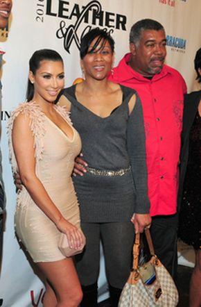 Kim Kardashian z przyszłymi teściami (FOTO)