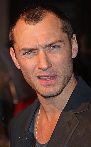 Jude Law łysiny się nie boi (FOTO)