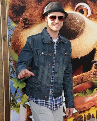 Justin Timberlake wcielił się w rolę Misia Boo Boo (FOTO)