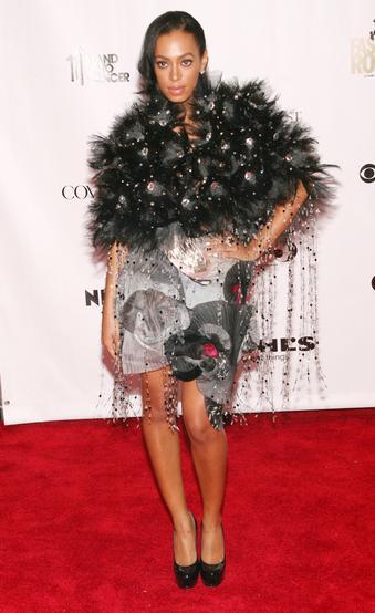 Oj, Solange, co ty masz na sobie?! (FOTO)