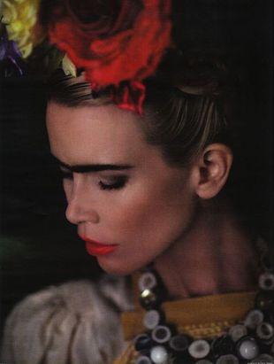 Claudia Schiffer w obiektywie Karla Lagerfelda (FOTO)