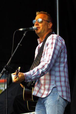Śpiewający Kevin Costner [VIDEO]