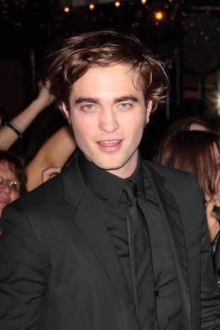 Dla spragnionych widoku Roberta Pattinsona