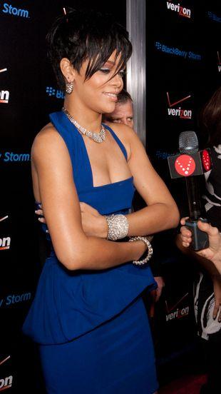 Rihanna będzie musiała poddać się operacji plastycznej!