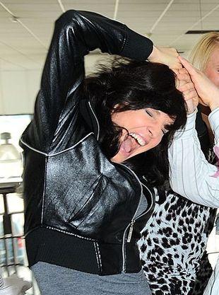 Kto szarpie za włosy Małgorzatę Kosik? (FOTO)