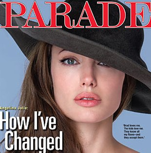 Piękna Angelina Jolie na okładce Parade (FOTO)