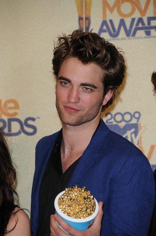 Pattinson ma zakaz imprezowania
