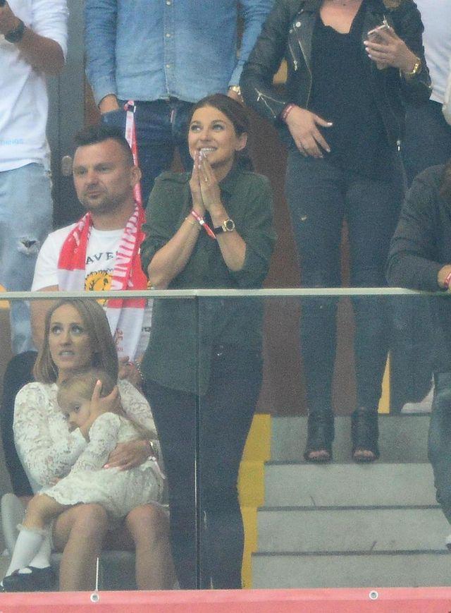 Anna Lewandowska na meczu Polska Rumunia