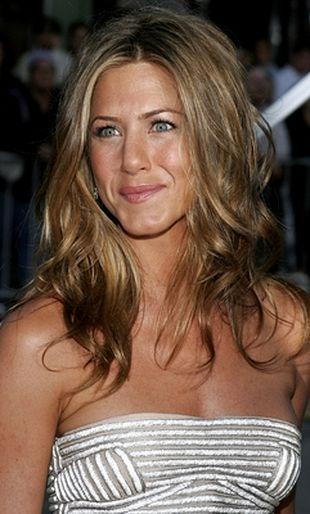 Jennifer Aniston cierpi przez brak seksu