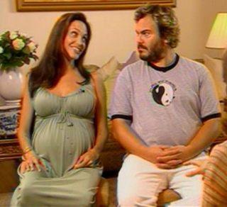 Angelina Jolie urodzi w ciągu dwóch tygodni?