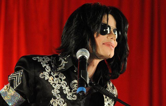 Michael Jackson chce adoptować!
