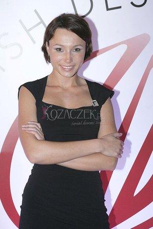 Karolina Borkowska w małej czarnej (FOTO)