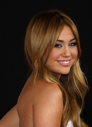 Miley Cyrus wspiera homoseksualistów (FOTO)
