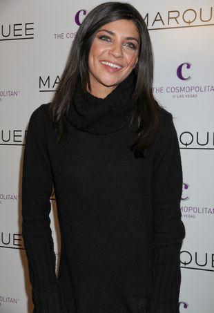 Jessica Szohr w swetrze na imprezie (FOTO)