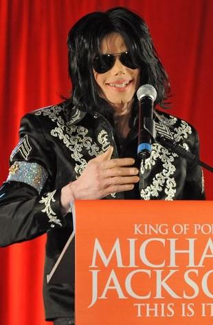 Perfumy Michaela Jacksona w sklepach już w marcu