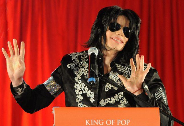 Quincy Jones: Michael Jackson nie chciał być czarny