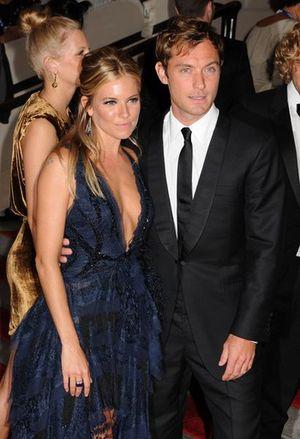 Jude Law i Sienna Miller są już małżeństwem