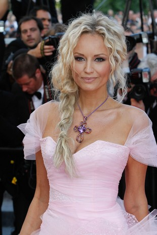 Różowa beza w Cannes (FOTO)