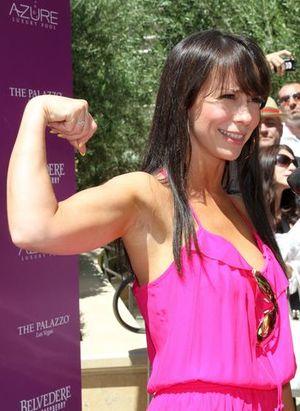 Kto chwali się swoimi mięśniami?  (FOTO)