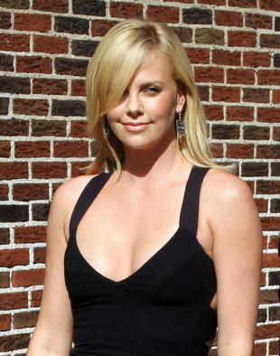 Charlize Theron: mogę się przez tydzień nie myć