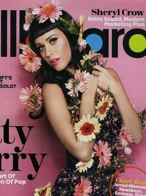 Okwiecona Katy Perry (FOTO)